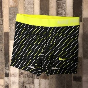 Nike pro compression shorts Sz m